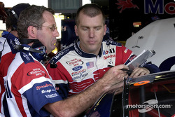Crew chief Peter Sospenzo and Jeremy Mayfield work on setup