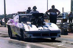 2001 IHRA Pro Mod Champion Mike Janis