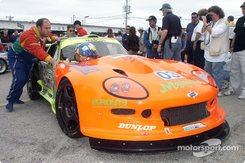 Marcos Mantis heads to technical inspection