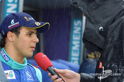 Rainy interview for Felipe Massa