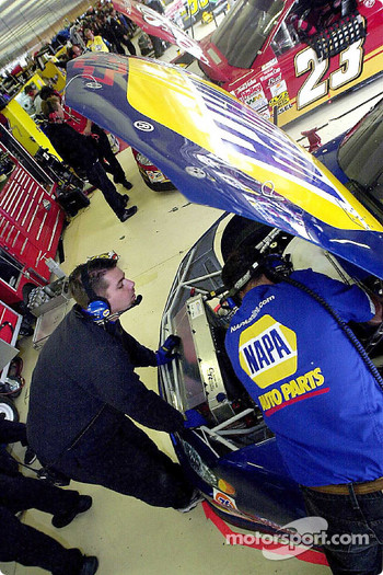 Greg Osborne and Chad Walter prepare the NAPA Chevrolet