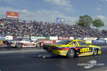 Pro Stock final Greg Anderson vs. Jeg Coughlin Jr.