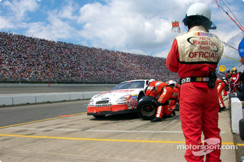 Pitstop for Brett Bodine