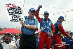 Don Panoz, David Brabham and Jan Magnussen celebrating