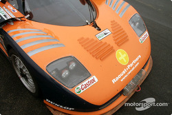 Mosler MT900R nose
