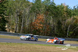James Weaver passes the ACEMCO Porsche GT3 R