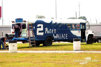 Rusty Wallace's fanclub arrives