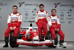 Olivier Panis, Cristiano da Matta and test driver Ricardo Zonta