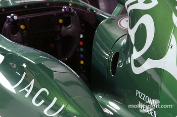 Detail of the new Jaguar R4