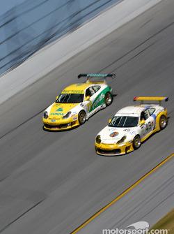 #49 MAC Racing Porsche GT3 RS: Bebo Orlandi, Michele Merendino, Derek Clark, Jay Wilton, and #77 RWS Motorsport Porsche 996: Alexey Vasiliev, Nikolay Fomenko, Walter Lechner Jr., Tetsuya Tanaka