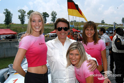 Road Atlanta girls with Reinhold Joest