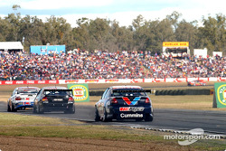 Garth Tander chasing John Bowe and Rick Kelly
