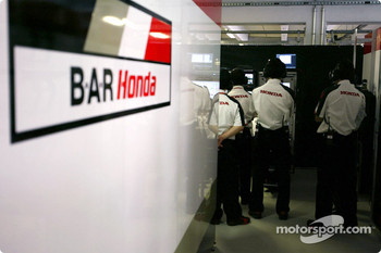 Honda engineers
