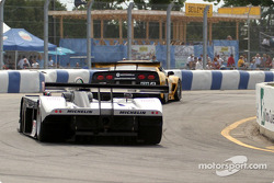 #4 Corvette Racing Chevrolet Corvette C5-R: Oliver Gavin, Kelly Collins, and #11 JML Panoz LMP01: Gunnar Jeannette, Scott Maxwell