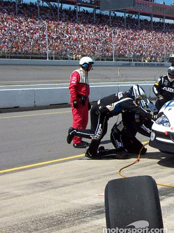Pitstop for Ryan Newman