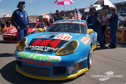 #68 The Racer's Group Porsche 911 GT3RS