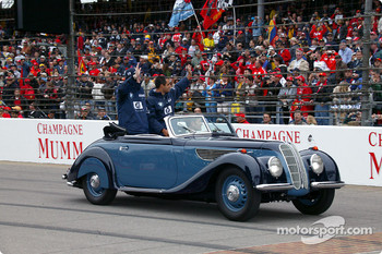 Drivers parade: Ralf Schumacher and Juan Pablo Montoya