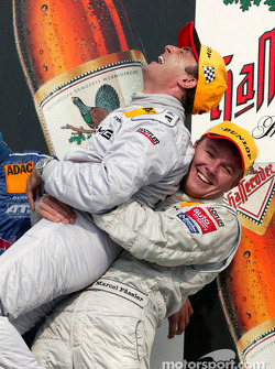 Podium: race winner Jean Alesi and Marcel Fassler