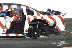 Jason Howe looses a wheel in the big wreck