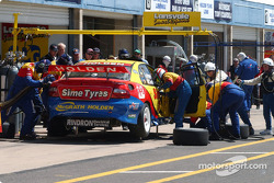 The Lansvale Team pits