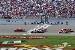 Ricky Rudd takes the yellow flag