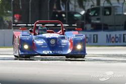 #15 Taurus Racing Lola B2K/10 Judd: Milka Duno, Justin Wilson, Phil Andrews