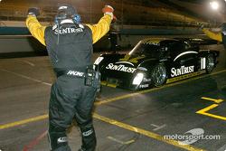 Race winner #10 SunTrust Racing Pontiac Riley: Wayne Taylor, Max Angelelli