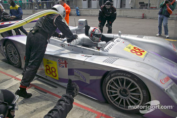 Pitstop for #88 Audi Sport UK Team Veloqx Audi R8: Jamie Davies, Johnny Herbert