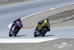 Chris Vermuelen leads from James Toseland at T5