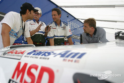Tomy Drissi discusses with Rocketsports team members