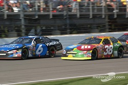 Elliott Sadler passes Mark Martin
