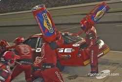 Kasey Kahne's team services the #9 on the last scheduled pitstop