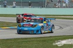 #67 The Racers Group Porsche GT3 RS: Kevin Buckler, Tom Nastasi