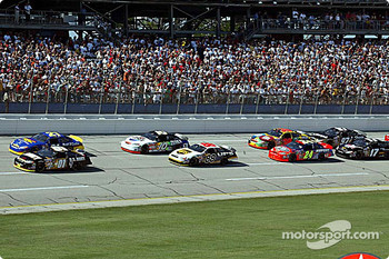 Green flag: Joe Nemechek and Ricky Rudd lead the field
