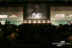 Honda Racing press conference: David Richards, Geoff Willis, Jenson Button, Takuma Sato, Takeo Kiuchi and Ken Hashimoto