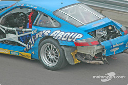 Damage on the #67 The Racers Group Porsche GT3 RS: Kevin Buckler, Robert Nearn