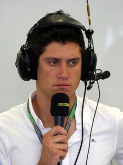 Vernon Kay Radio presenter