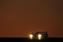 #4 Team Oreca Matmut Peugeot 908 HDi FAP: Oliver Panis, Nicolas Lapierre, Stéphane Sarrazin