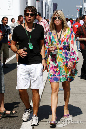Isabell Reis girlfriend of Timo Glock, Virgin Racing