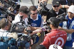 Victory lane: race winner Juan Pablo Montoya, Earnhardt Ganassi Racing Chevrolet