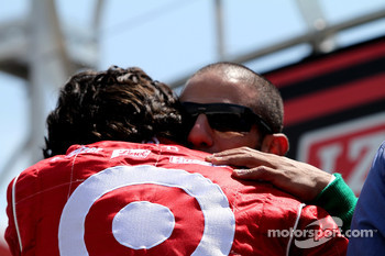 Dario Franchitti, Target Chip Ganassi Racing and Tony Kanaan, Andretti Autosport