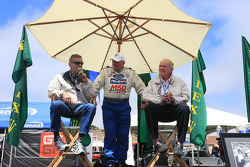 Dan Gurney honored
