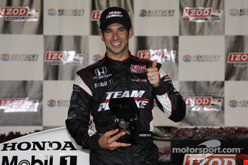 Victory lane: race winner Helio Castroneves, Team Penske