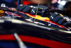 The gloves of Mark Webber, Red Bull Racing