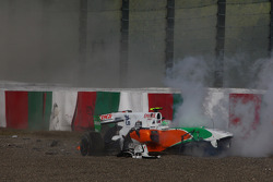 Felipe Massa, Scuderia Ferrari and Vitantonio Liuzzi, Force India F1 Team