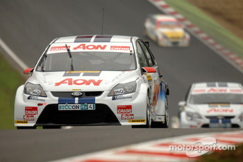 Tom Onslow-Cole leads Tom Chilton