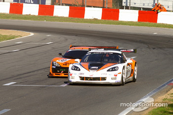 #100 Callaway Competition Z06R GT3: Marius Ritskes, Bernard van Oranje; #30 Team Rhinos Leipart Ascari KZ1R GT3: Rustem Teregulov, Andrei Romanov
