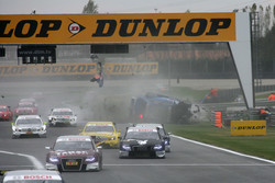 Huge crash for Alexandre Prmat, Audi Sport Team Phoenix Audi A4 DTM