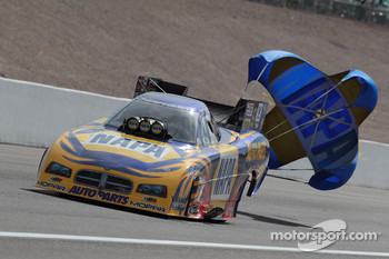 Ron Capps, 2010 NAPA Auto Parts Dodge Charger