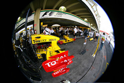 Renault front wings